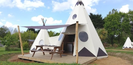 Image hebergement insolite TIPI DOUBLE LUXE